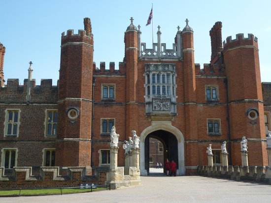 Hampton Court Private Room. - Apartments for Rent in ...